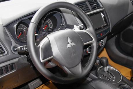 Xe ôtô Mitsubishi Outlander Sport 'vua ế' tại Việt Nam
