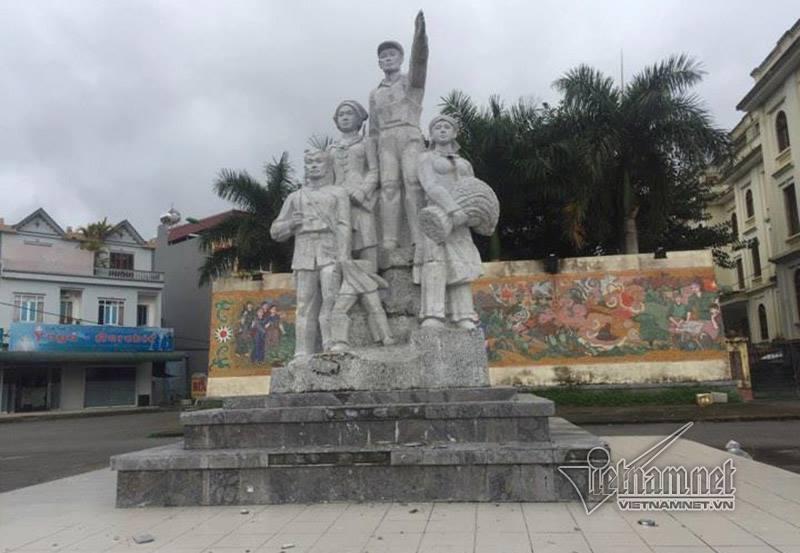 đổ tượng đài, tai nạn, tượng đài Chiến Thắng, Bắc Kạn