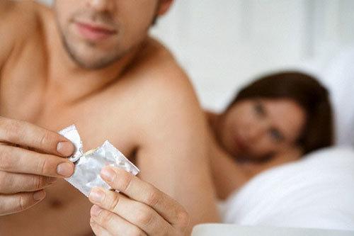 Con đường HIV/AIDS xâm nhập vào cơ thể người? - ảnh 1