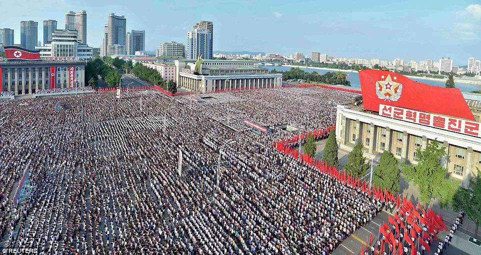 Hàng vạn người Triều Tiên mít tinh 'thách thức' Mỹ