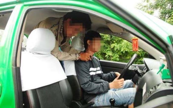Cướp taxi táo tợn ở Hà Nội