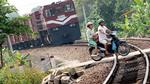 Chặn tai nạn đường sắt: Trên 'nóng', dưới 'lạnh'