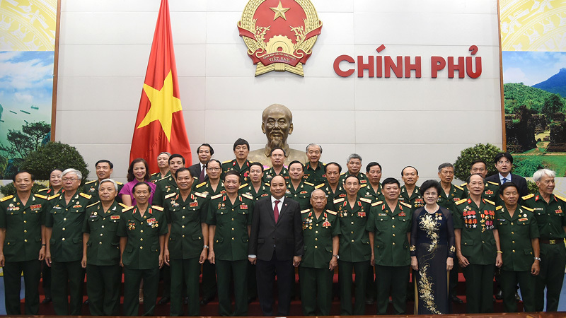 Thủ tướng gặp mặt Hội truyền thống Trường Sơn - đường Hồ Chí Minh