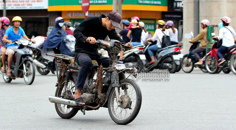 Hỗ trợ dân đổi xe máy cũ nát: Bộ Tài chính lo không khả thi