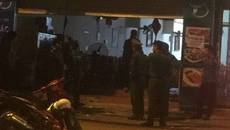 20 côn đồ lao vào nhà hàng ở Hà Nội đánh 2 khách nhập viện