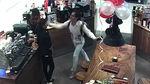 Chủ quán cà phê danh tiếng Sài Gòn tát nữ nhân viên tại TT thương mại