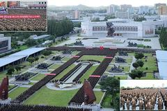 Sĩ quan Triều Tiên diễu hành ủng hộ Kim Jong Un