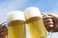 Uống bia đúng cách giúp sống thọ không ngờ