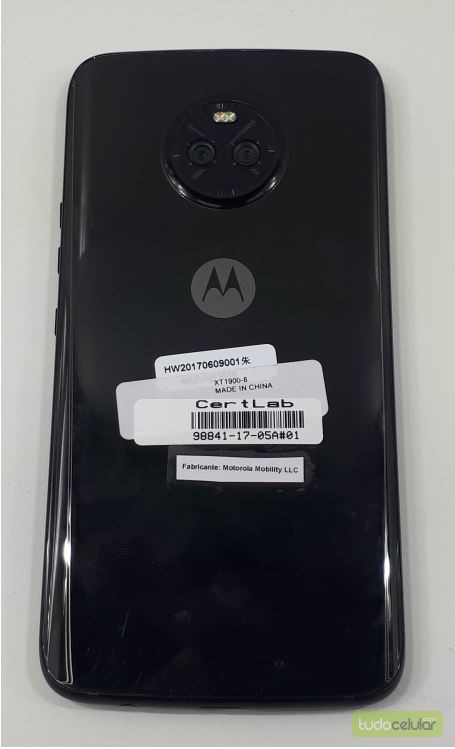 Moto X4, Motorola