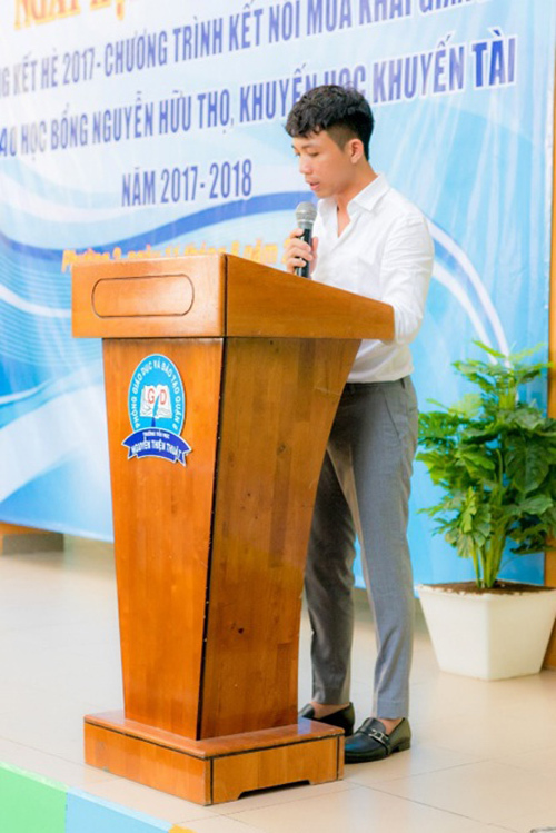 Nhựa Long Thành trao học bổng cho học sinh TP.HCM