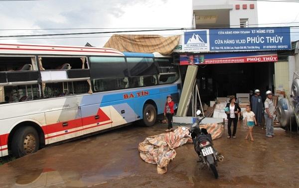tai nạn giao thông, tông xe liên hoàn, Đắk Nông