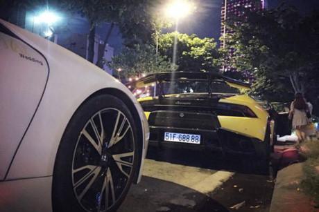 Dàn siêu xe thể thao tiền tỷ, 'biển độc' tại Đà thành