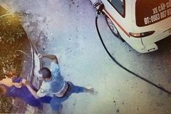 Nghi bị gian lận, lái xe cứu thương đánh nhân viên bán xăng
