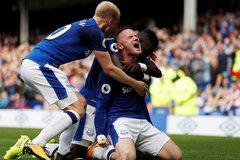 """Rooney """"nổ súng"""", Everton thắng nghẹt thở trận đầu mùa"""