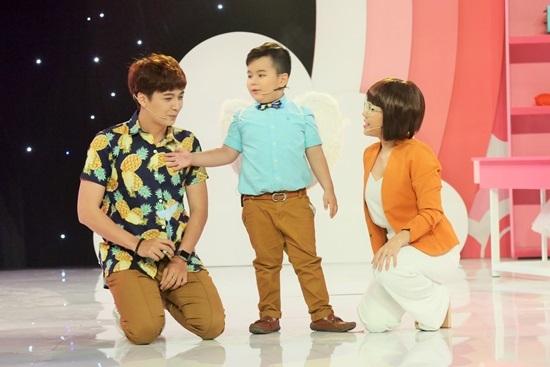 Cậu bé khiến Việt Hương và Ngô Kiến Huy 'đứng hình'