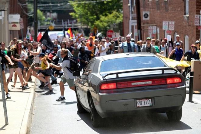 Đụng độ bạo lực ở Mỹ, hàng chục thương vong