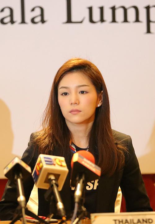 Nữ trưởng đoàn U22 Thái Lan, Watanya Wongopasi, U22 Việt Nam, HLV Hữu Thắng