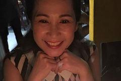 NSND Lan Hương hạnh phúc khi được fan tổ chức sinh nhật sớm