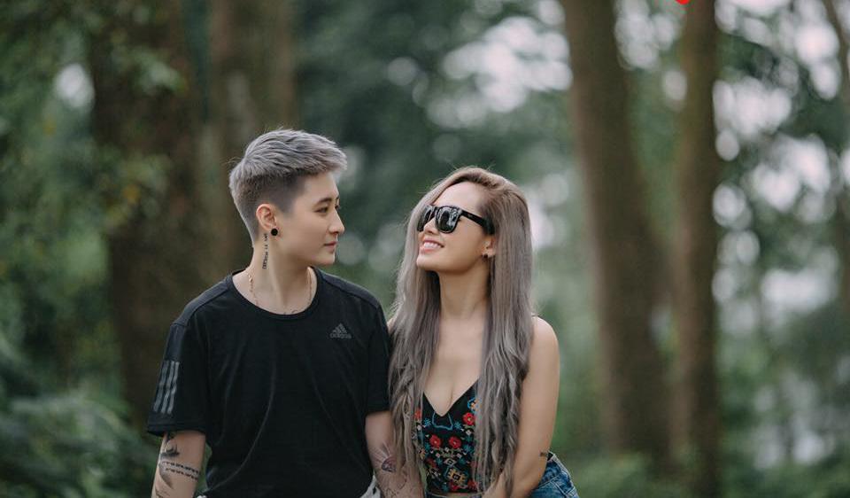 MC Ngọc Trang khoe ảnh cưới với người yêu đồng giới kém 8 tuổi