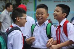 Học sinh TP.HCM bỡ ngỡ ngày tựu trường