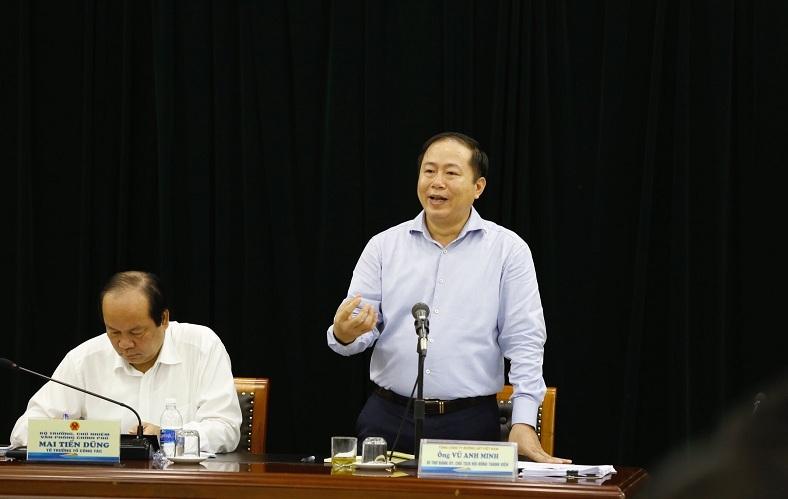 Ở nước ngoài, bộ trưởng đi làm bằng đường sắt