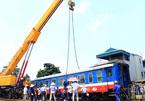 Tàu hỏa trật bánh ở Hà Nội do chạy quá tốc độ