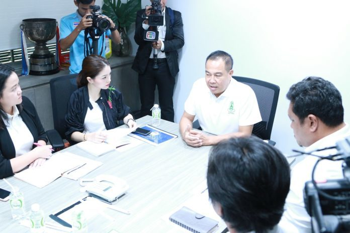 Thái Lan mạnh miệng 'hốt' trọn 4 HCV bóng đá SEA Games