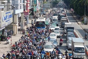 Cầu vượt cấp bách 'giải cứu' Tân Sơn Nhất bị đình chỉ thi công