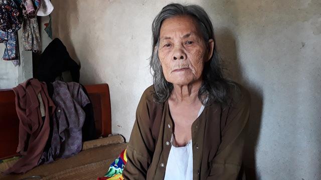 Vợ con quan xã xứ Thanh bỗng dưng lọt hộ nghèo
