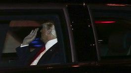 Ông Trump lần đầu về nhà kể từ khi nhậm chức