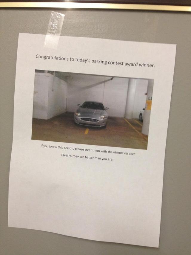 Chết cười với muôn kiểu hình phạt dành cho xe đỗ ẩu