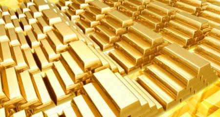Giá vàng hôm nay 17/8: Áp lực gia tăng, vàng chùng lại.