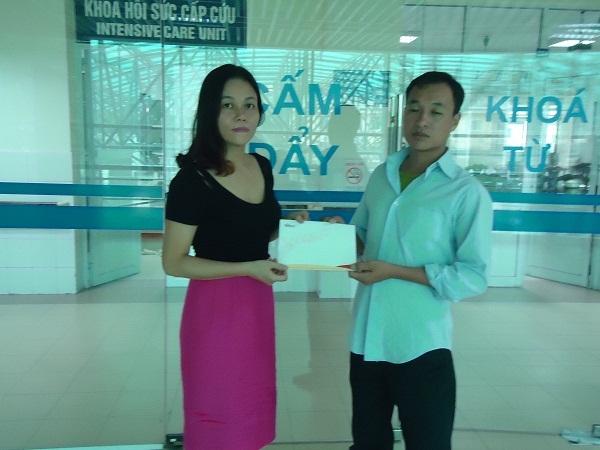 Hơn 18 triệu đồng bạn đọc giúp đỡ bé Nguyễn Đức Thế bị bỏng