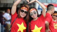 Ngẩn ngơ bóng hồng Việt đến tiếp lửa U22 Việt Nam