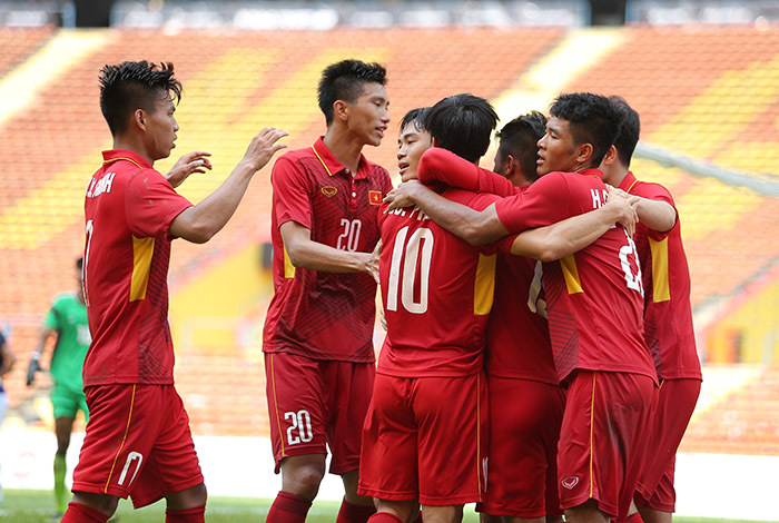 kết quả SEA Games 29, HLV Hữu Thắng, U22 Thái Lan, U22 Việt Nam