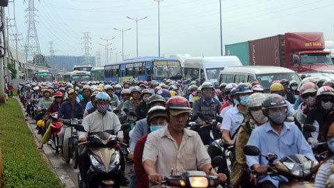 Bí thư Nguyễn Thiện Nhân: Tốc độ xây đường phải tăng gấp 7 lần