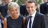 Vợ Tổng thống Pháp tiết lộ 'rắc rối' khi lấy chồng kém tuổi