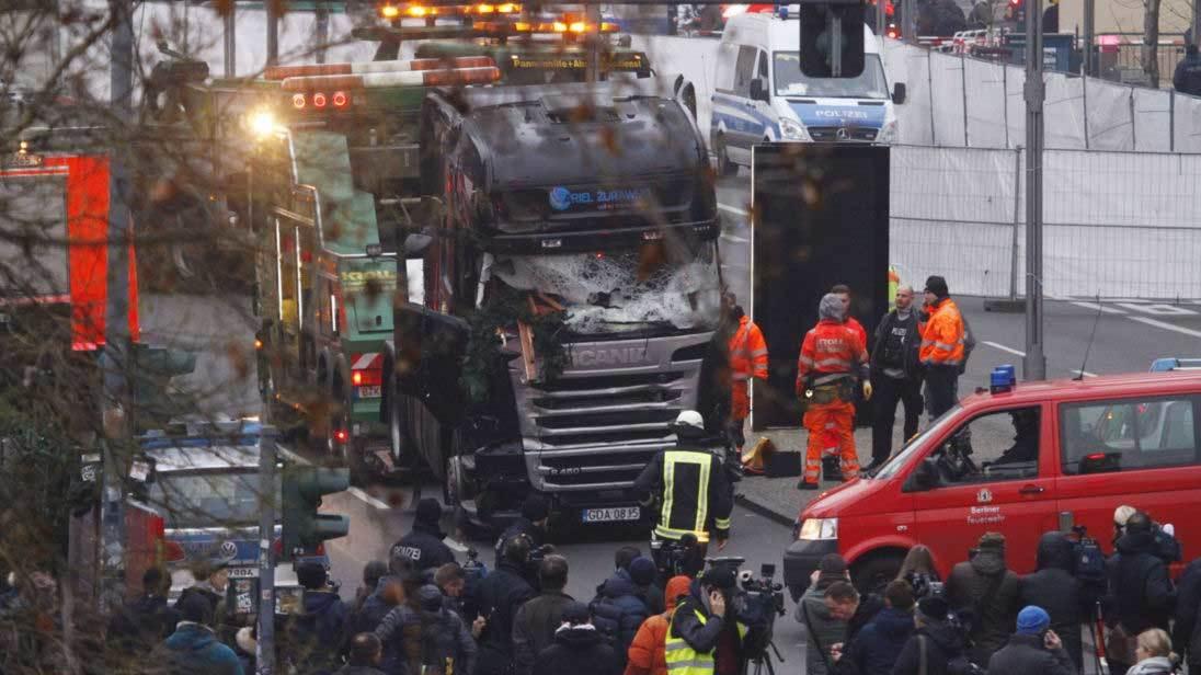Vì sao khủng bố thích dùng ô tô làm vũ khí?