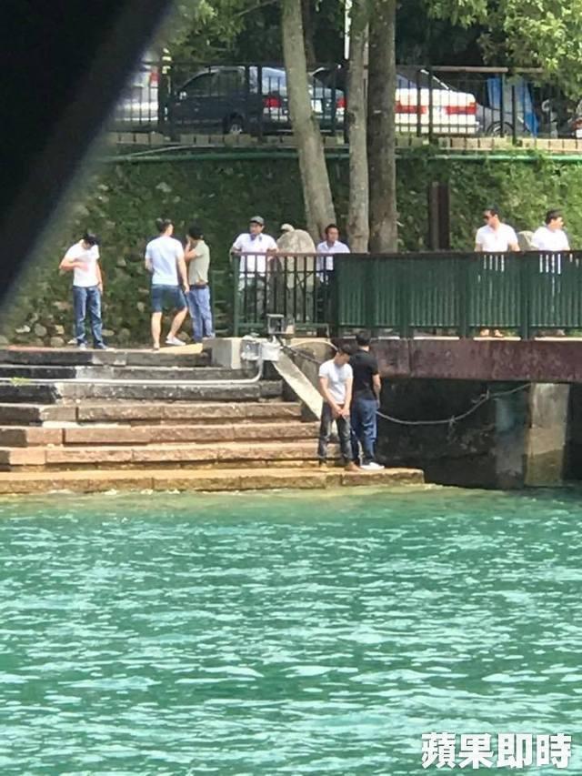 Du khách Việt tiểu bậy xuống hồ nước nổi tiếng ở Đài Loan
