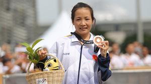 SEA Games ngày 19/8: Điền kinh giành huy chương đầu tiên