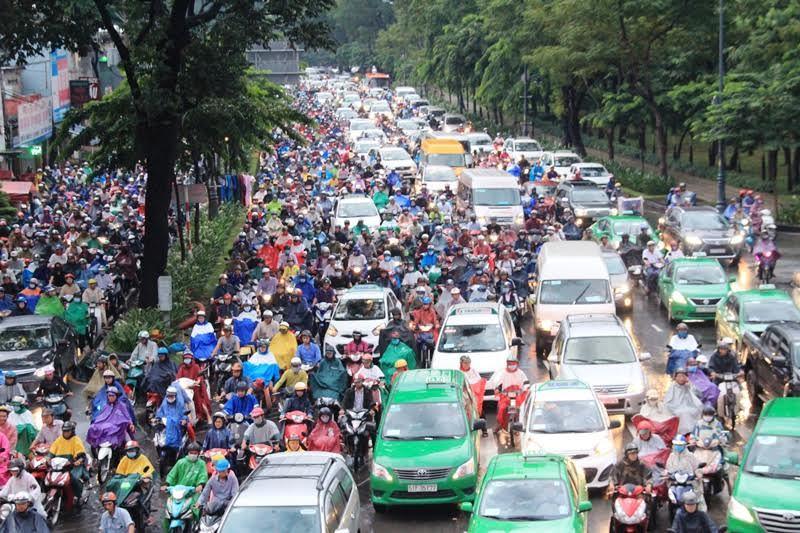 Từ ngày mai hạn chế xe qua khu vực Tân Sơn Nhất
