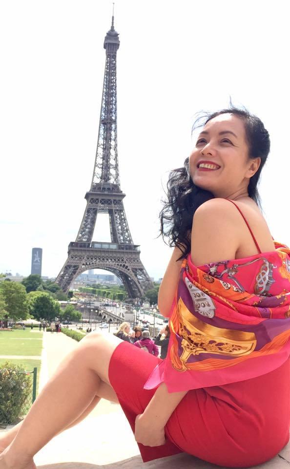 Tuổi 50, diễn viên Chiều Xuân vẫn khoe eo 55cm 'ăn đứt' Ngọc Trinh