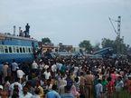Tàu trật bánh ở Ấn Độ, thương vong lớn