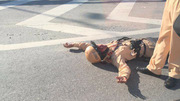 Trung úy CSGT bị đâm trọng thương trên cầu Thanh Trì