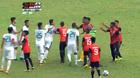 Cầu thủ U22 Indonesia và Đông Timor biến sân cỏ thành võ đài