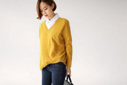 Mix thời trang công sở ngày thu cùng áo len mỏng