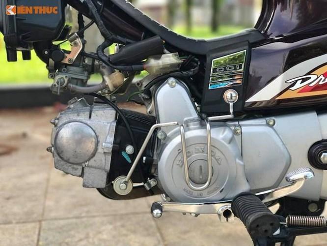 Cận cảnh Honda Dream II biển 'tứ quý 9' tại Hà Nội
