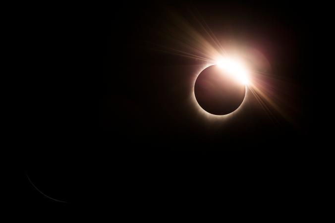 Người Mỹ háo hức xem nhật thực toàn phần sau 99 năm chờ đợi