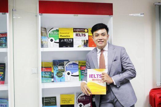 Dan Hauer, phát âm tiếng Anh, trung tâm Elight, Đặng Trần Tùng, học tiếng Anh, luyện thi IELTS