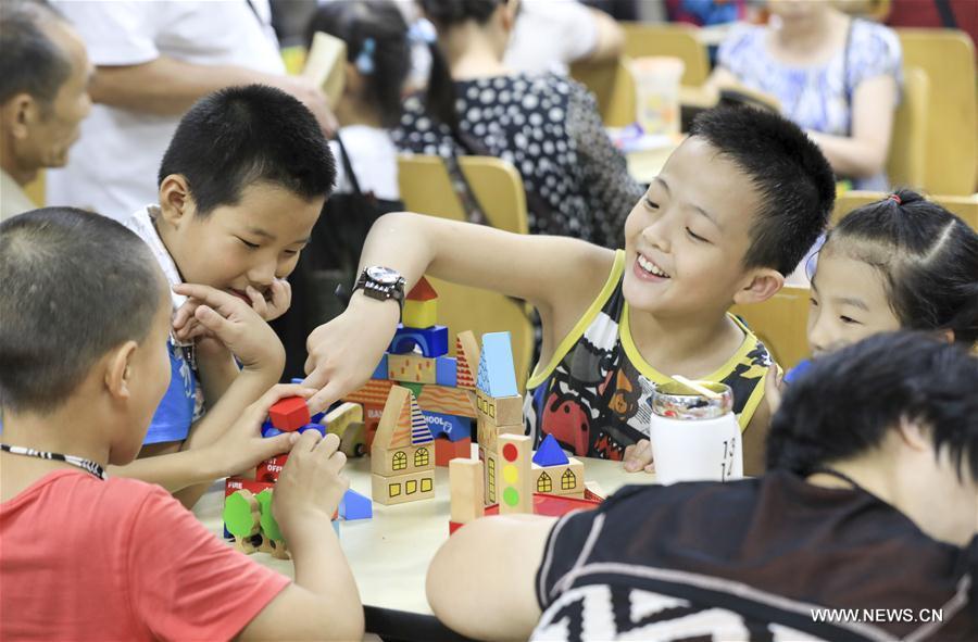 hầm phòng không, hầm tránh bom, hầm trú ẩn, Trùng Khánh, Trung Quốc